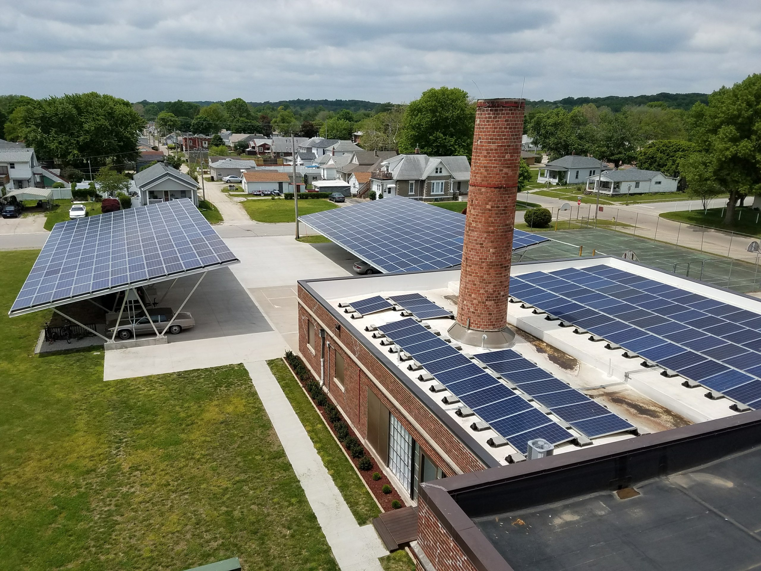 Lawmakers end solar tax credits, leaving 760 Iowans out of the money