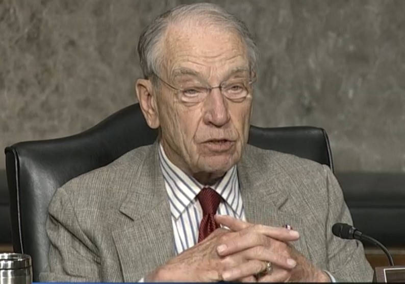 Grassley says he won't oppose GOP push for a Supreme Court vote