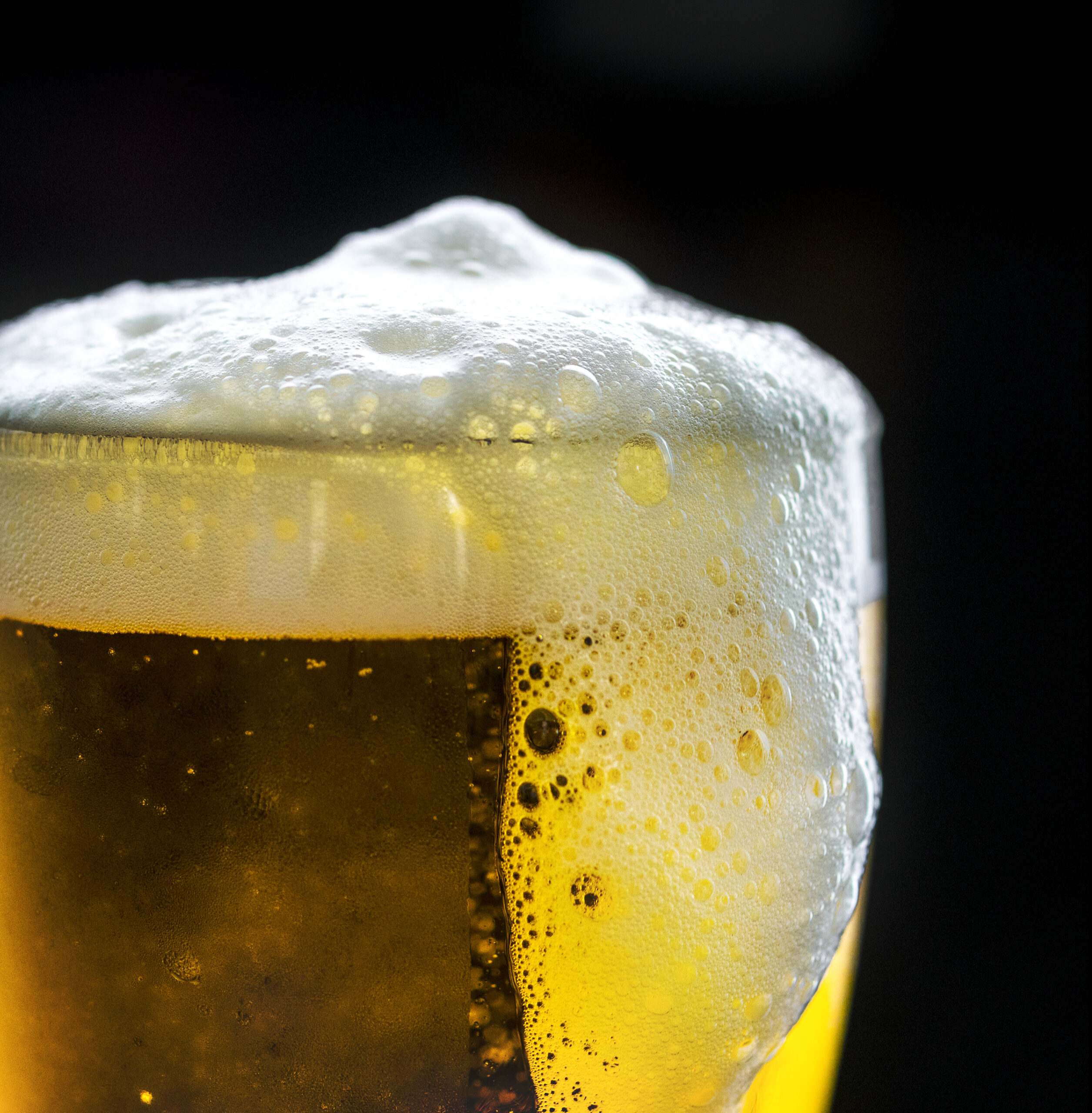 Iowa businesses see delayed start to home alcohol delivery