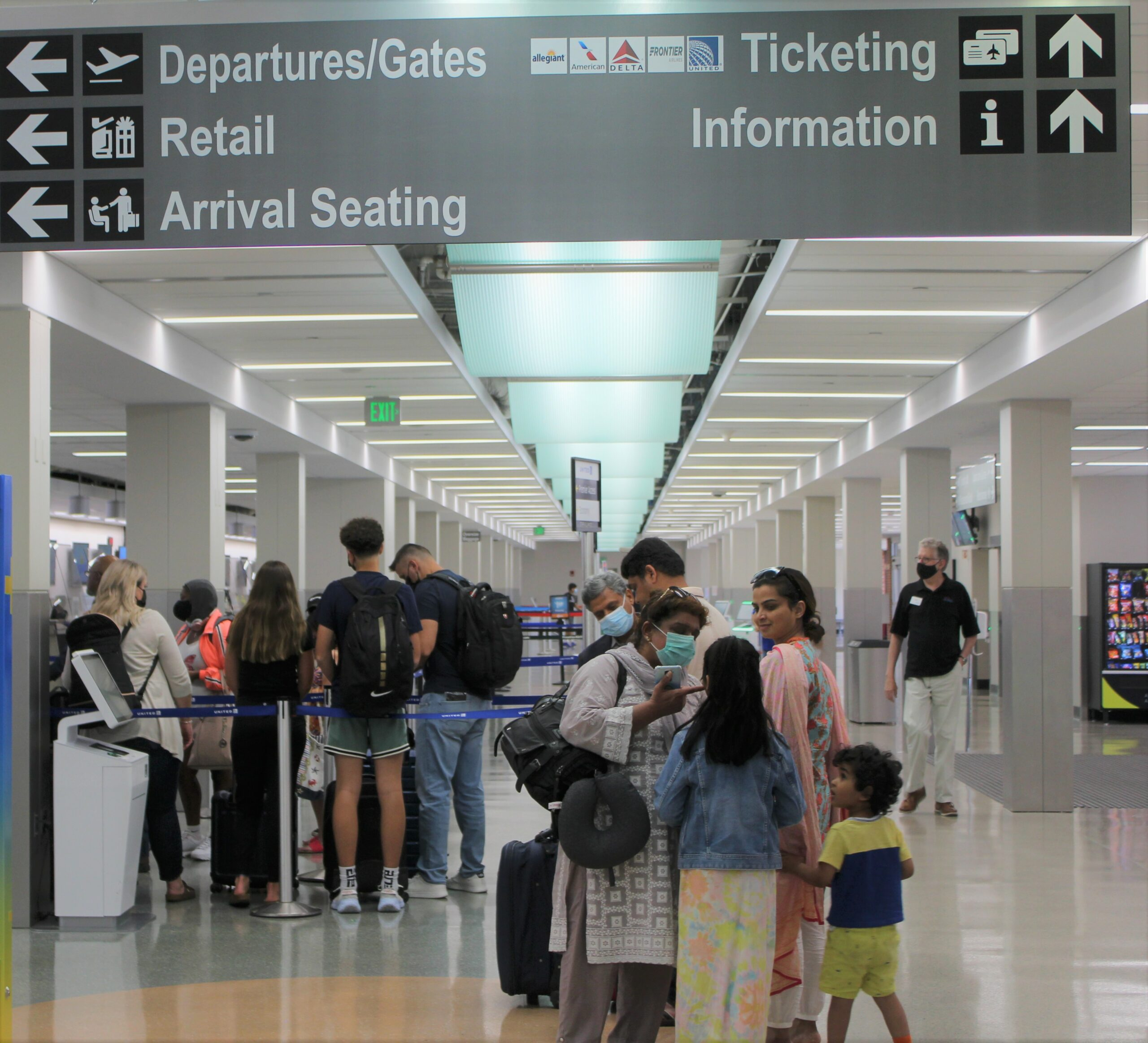 DSM airport's passenger traffic rebounds significantly