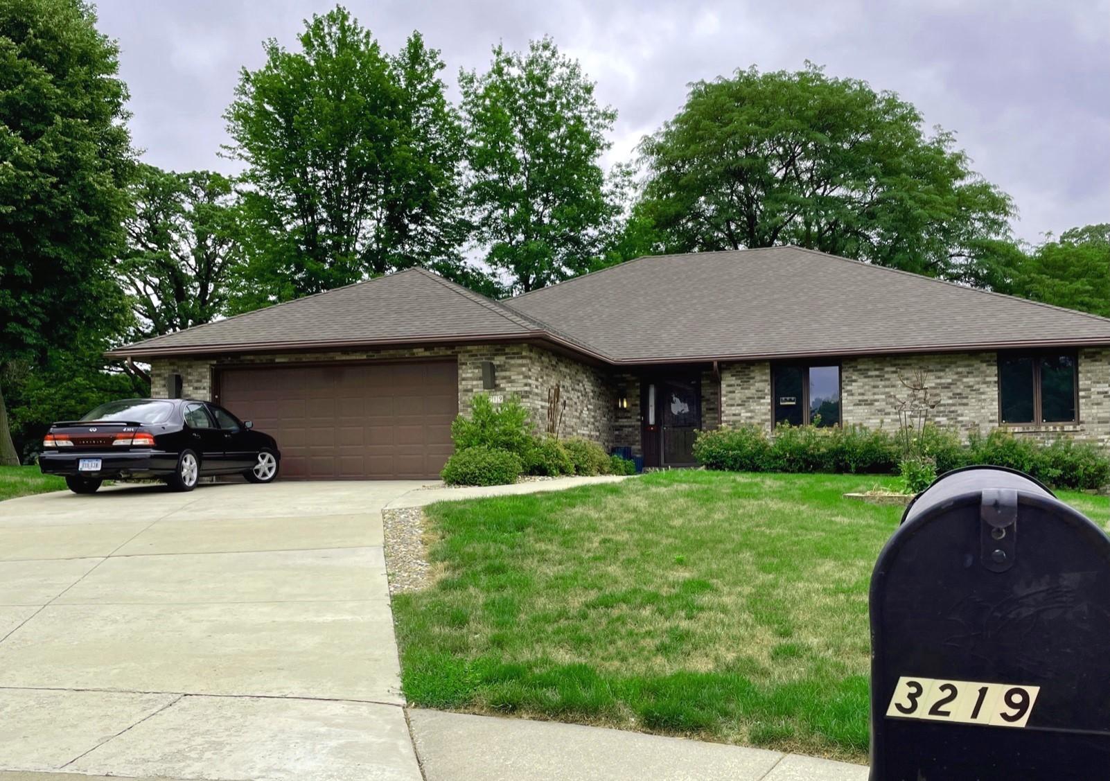 Nurse tells court Des Moines home for the elderly needs no license